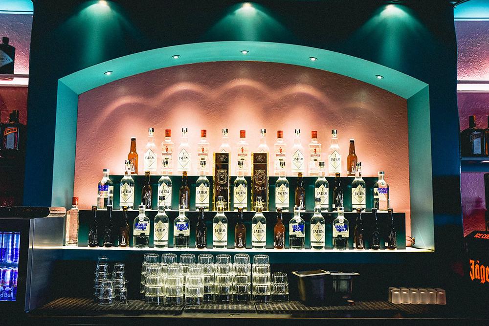 Bar Broker